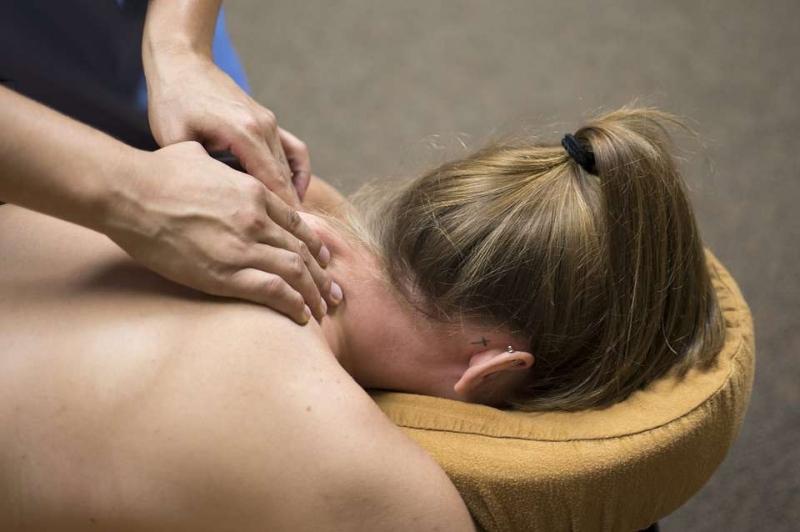 揭秘按摩脖子手法按摩脖子时要注意什么
